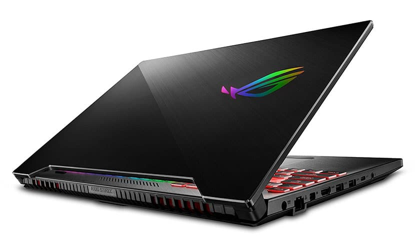 Design ASUS ROG Strix Hero II Gaming Laptop