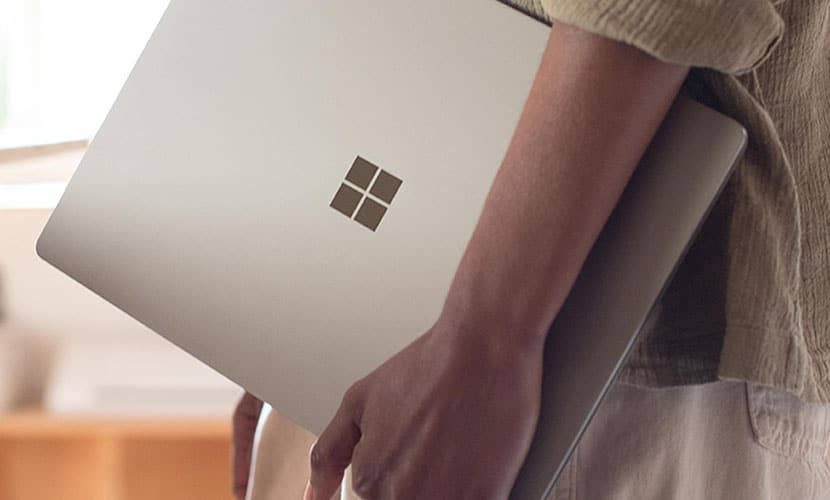 Featured image Microsoft Surface Laptop