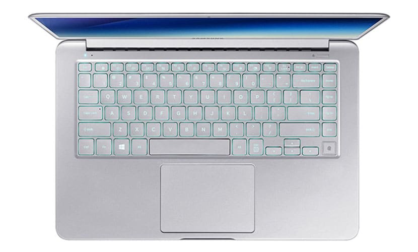 Keyboard and trackpad Samsung Notebook 9 NP900X5T-X01US
