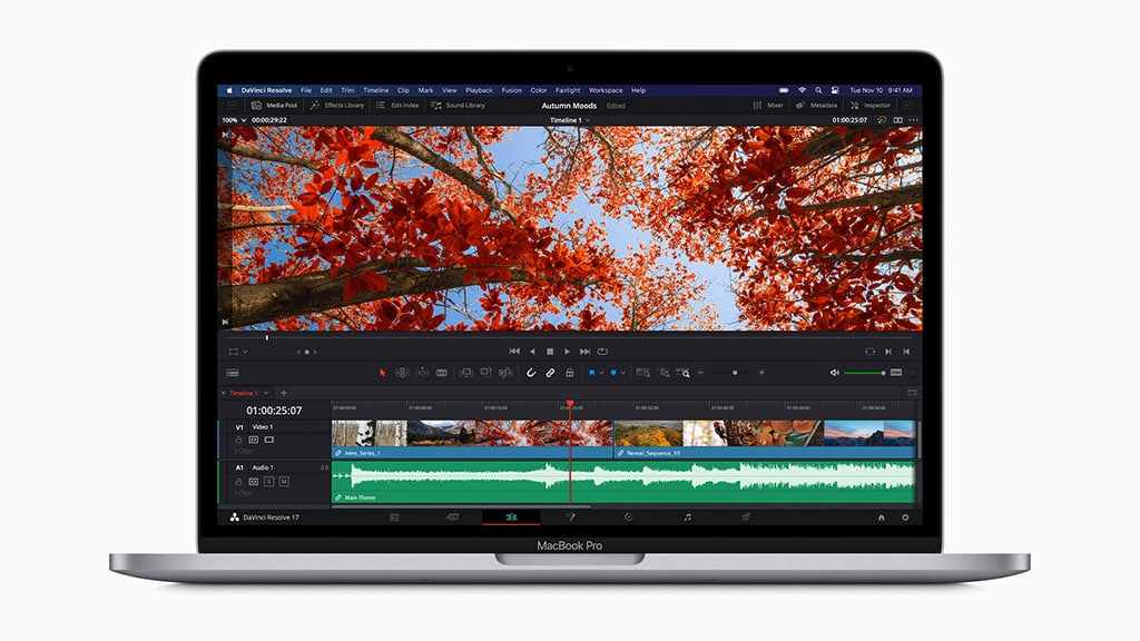 Apple new 13-inch MacBook Pro with M1